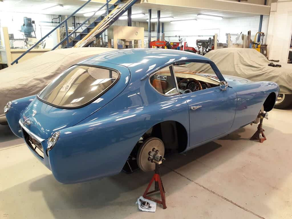 VPL 441, painted in Bluebird blue